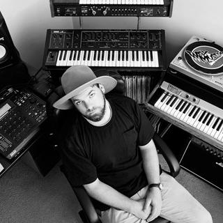 Midflite australia hip hop producer