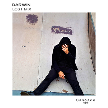 """DARWIN kicks off 2018 with a chilltronic, edm & house electro mix before his new EP """"Lost"""" coming 19 january 2019."""